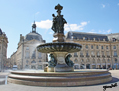 Bordeaux, Place de la Bourse, Les 3 Graces