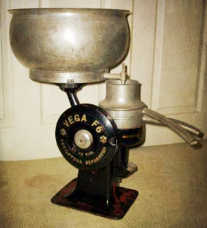 Antique cream separator