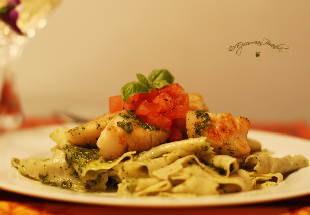 Pappardelle with Scallops & Pesto