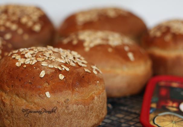 Mae's Oatmeal Bread
