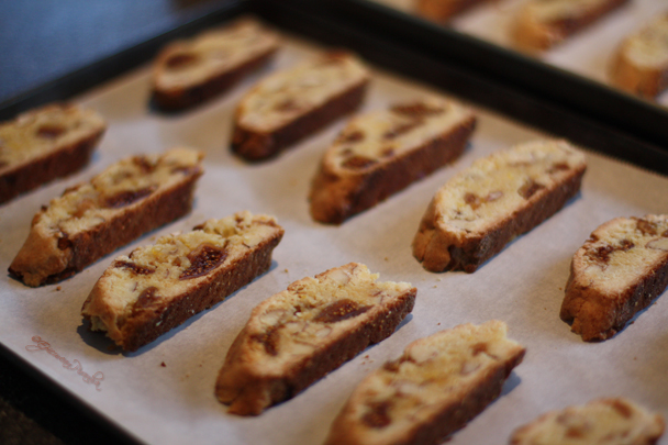 Biscotti figues amandes ~ second baking