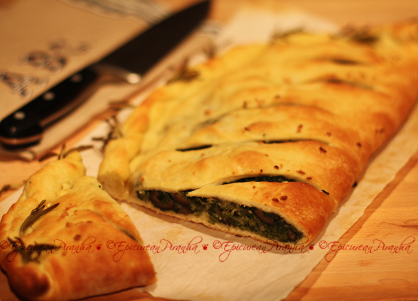 Calzone-garlic spinach chili blk olives proscuito III F